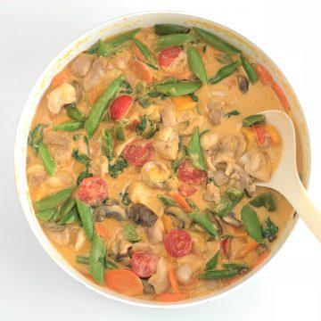 Rotes Curry mit Hähnchen_paleo-köstlich-einfach-schnell-lowcarb-ohne Milch