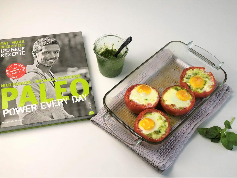 """Ei in der Tomate - Nachgekocht aus dem Kochbuch """"Paleo Power Every Day"""""""