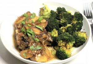 schweinekotelett mit apfelsauce und brokkoli