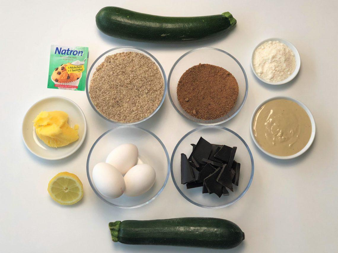Zucchinikuchen-ohne-Mehl-paleo-kleingenuss