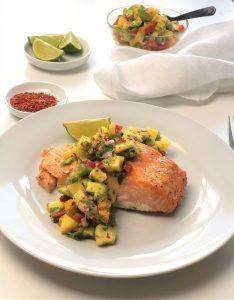Rezept-Lachs-mit-Mango-Avocado-Salsa-kleingenuss-foodblog-9