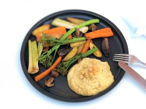 Ofengemüse-mit-Hummus-vegan-vegetarisch-foodblog-Rezept-kleingenuss.de