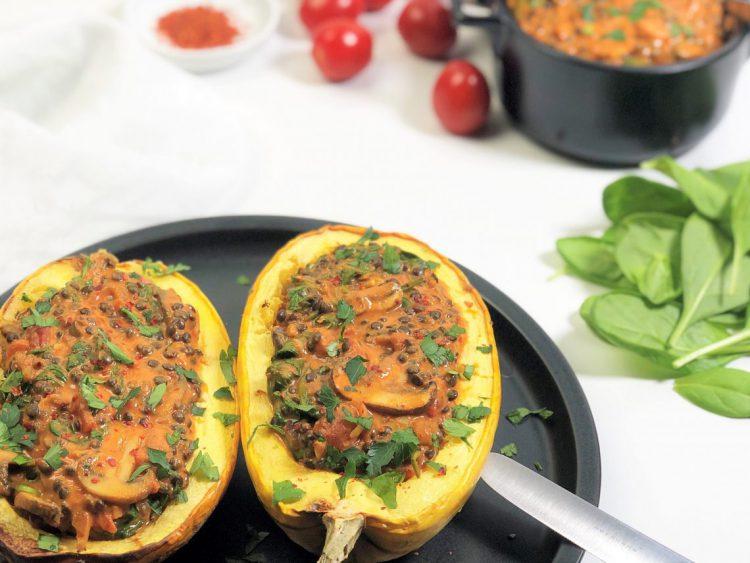 Linsen-Champignon-Soße-für-gefüllten-Kürbis-Rezept-Foodblog-kleingenuss.de