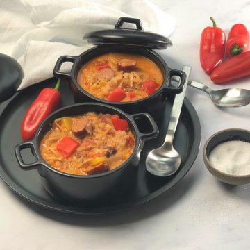 Herzhafte-Sauerkrautsuppe-mit-Mettwurst-köstlich-paleo-lowcarb-suppe-sauerkraut-einfach-schnell-sattmacher-7
