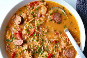 Herzhafte-Sauerkrautsuppe-mit-Mettwurst-köstlich-paleo-lowcarb-einfach-schnell-sattmacher-9