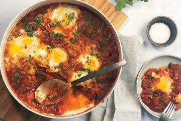 Shakshuka-Tomaten-Paprika-Eier-Frühstück-Abendessen-vegetarisch-einfach-schnell-lecker-kalorienarm-paleo-lowcarb