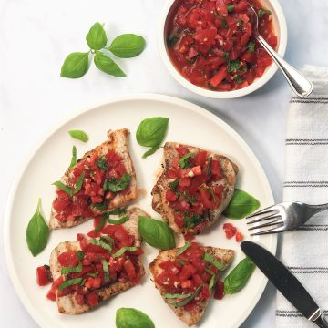 Bruschetta-Tomaten-Basilikum-Hähnchen-lowcarb-paleo-kalorienarm-rezept-einfach-schnell-sommerlich