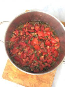 Tomatensauce-Tomaten-Tomatensoße-Rezept-einkochen-konservieren-weckgläser-für den Vorrat-paleo-low carb-diät rezepte-diät-kalorienarm-low fat