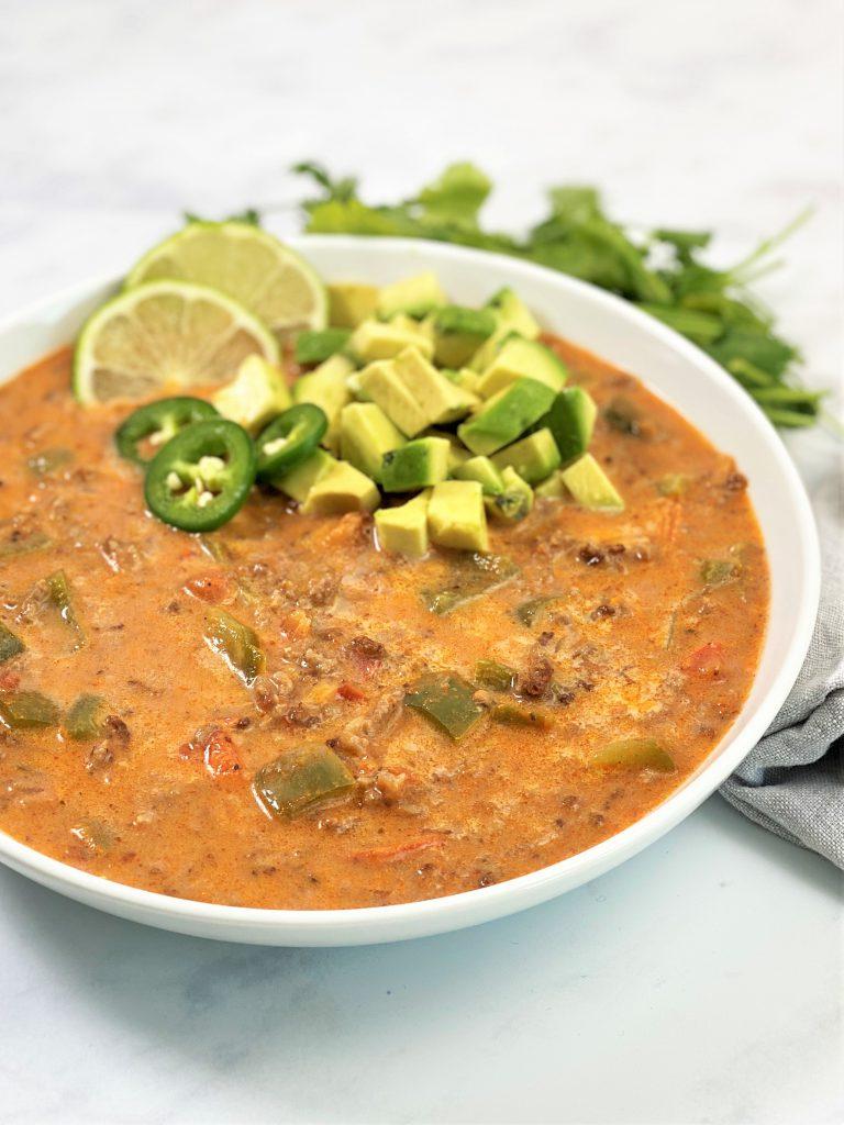 Rezept-Hackfleisch-mexikanisch-Suppe-low carb-keto-ketogene Ernährung-Paprika--gesund-paleo-glutenfrei-schnell-einfach-abendessen-eintopf-würzig-scharf