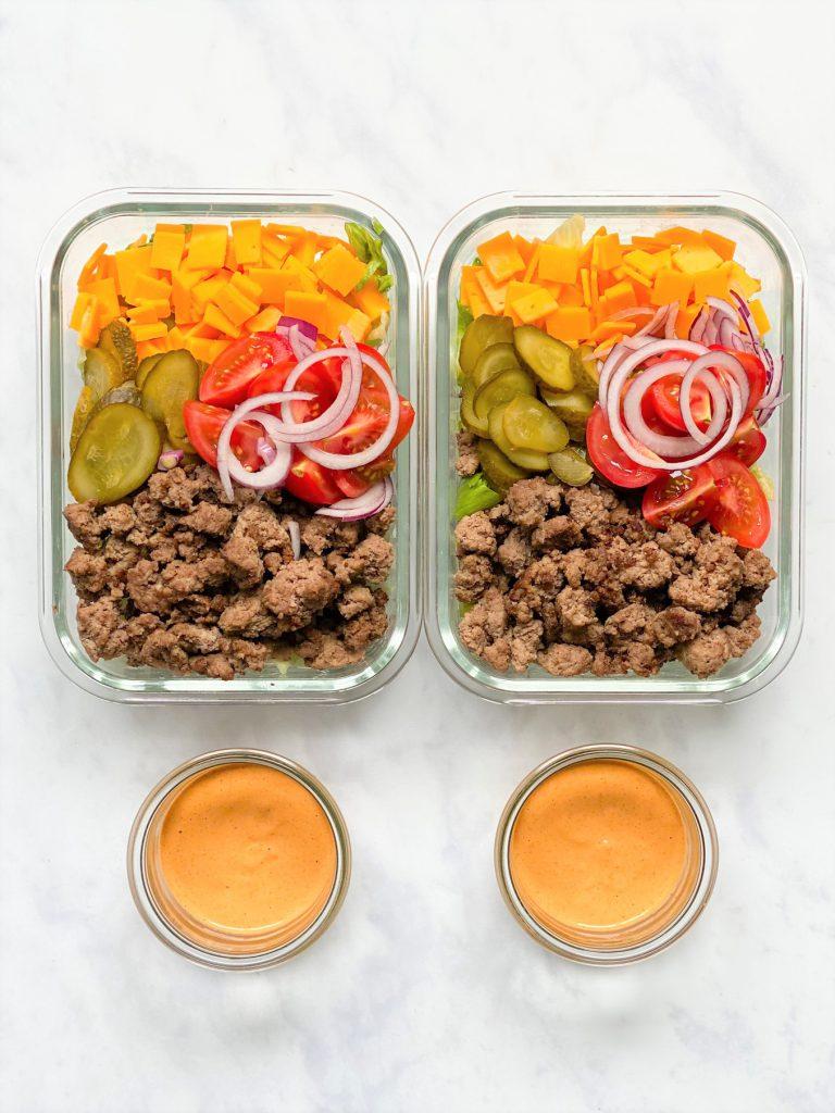 Salatbowl-Salat-low carb Salat-keto Salat-sattmacher salat- gesund-schnell-einfach-köstlich- sättigend-ketogene Ernährung-low carb-keto rezept-salat-salat mit Hackfleisch-big mac salat-Salat mit Käse-Burgersalat-Salat mit Tomaten-Rezept-low carb-lowcarb-ohne Getreide-getreidefrei, glutenfrei-diät-abnehmen-diät Rezepte-kohlenhydratarme Rezepte-Hackfleisch-zum mitnehmen-Lunch-cheeseburger salat-köstliches Dressing-Gewürzgurke-Salzgurke-big mac Dressing-Big mac Sauce